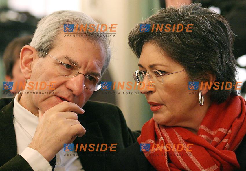 Roma 11/01/2006 Direzione Nazionale dei DS<br />Nella foto Luciano Violante e Anna Finocchiaro<br />Photo Serena Cremaschi Insidefoto