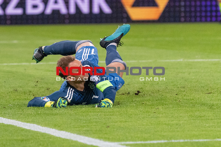 06.09.2019, Volksparkstadion, HAMBURG, GER, EMQ, Deutschland (GER) vs Niederlande (NED)<br /> <br /> DFB REGULATIONS PROHIBIT ANY USE OF PHOTOGRAPHS AS IMAGE SEQUENCES AND/OR QUASI-VIDEO.<br /> <br /> im Bild / picture shows<br /> Manuel Neuer (Deutschland / GER #01)<br /> <br /> <br /> während EM Qualifikations-Spiel Deutschland gegen Niederlande  in Hamburg am 07.09.2019, <br /> <br /> Foto © nordphoto / Kokenge