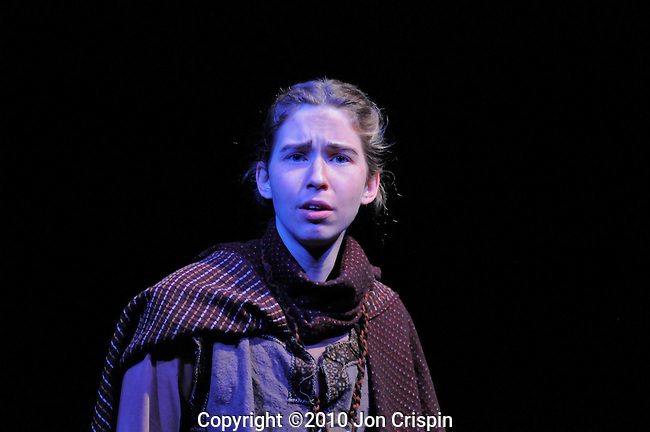"""Smith College Production """"Skinny Shakespeare""""..© 2010 JON CRISPIN .Please Credit   Jon Crispin.Jon Crispin   PO Box 958   Amherst, MA 01004.413 256 6453.ALL RIGHTS RESERVED.JON CRISPIN ."""