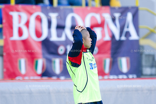 Takayuki Morimoto (Catania), February 06, 2011 - Football : Italian Serie A 2010-2011, match between  Bologna 1-0 Catania at Renato Dall'Ara Stadium, Bologna, Italy, (Photo by Enrico Calderoni/AFLO SPORT) [0391]