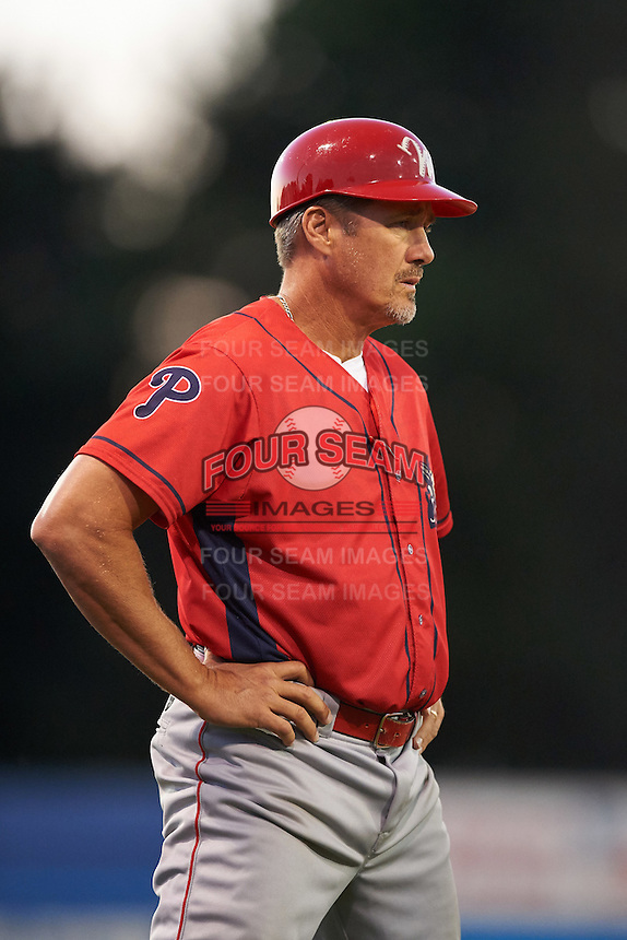 Williamsport Crosscutters manager Pat Borders (10) during a game against the Batavia Muckdogs on September 2, 2016 at Dwyer Stadium in Batavia, New York.  Williamsport defeated Batavia 9-1. (Mike Janes/Four Seam Images)