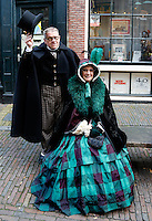 Haarlem -  De Anton Pieck Parade is een festival gebaseerd op de tijd rond 1900 in de sfeer van de tekeningen van Anton Pieck . Er wordt kerstmuziek gespeeld, er is  straattheater te zien en er worden oude ambachten getoond.