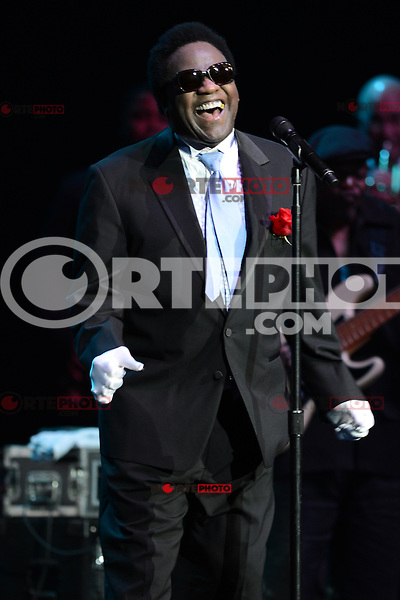 HOLLYWOOD FL - JULY 2 : Al Green performs at Hard Rock Live held at the Seminole Hard Rock Hotel &amp; Casino on July 2, 2012 in Hollywood, Florida. &copy;&nbsp;mpi04/MediaPunch Inc /*NORTEPHOTO.COM*<br />