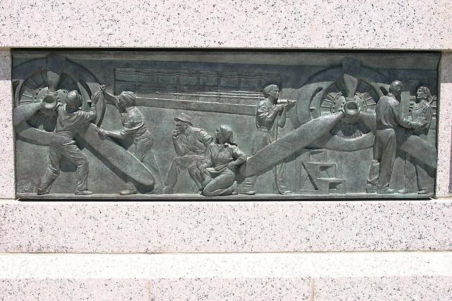 WWII Memorial plaque to women helping the war effort.