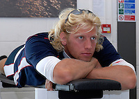 Reading, GREAT BRITAIN, Andy TWIGGS-HODGE, watches the PC at the  GB Rowing 2007 FISA World Cup Team Announcement, at the GB Training centre, Caversham, England on Thur. 26.04.2007  [Photo, Peter Spurrier/Intersport-images]..... , Rowing course: GB Rowing Training Complex, Redgrave Pinsent Lake, Caversham, Reading