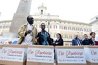 """Roma, 27 Ottobre 2017<br /> Igiaba Scego.<br /> Piazza Montecitorio<br />  Conferenza stampa sulla consegna delle firme della campagna """"Ero Straniero"""" per una nuova legge sull'immigrazione"""