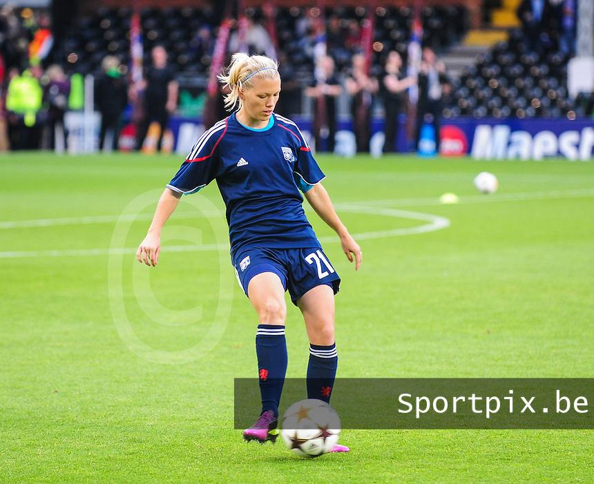 Uefa Women 's Champions League Final 2011 at Craven Cottage Fulham - London : Olympique Lyon - Turbine Potsdam : Lara Dickenmann.foto DAVID CATRY / JOKE VUYLSTEKE / Vrouwenteam.be..
