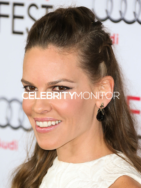 HOLLYWOOD, LOS ANGELES, CA, USA - NOVEMBER 11: Actress Hilary Swank arrives at the AFI FEST 2014 - 'The Homesman' Gala Screening held at the Dolby Theatre on November 11, 2014 in Hollywood, Los Angeles, California, United States. (Photo by Xavier Collin/Celebrity Monitor)