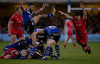 Bath Rugby's Kahn Fotuali'i is always charged down by Sale Sharks' Ben Curry<br /> <br /> Photographer Bob Bradford/CameraSport<br /> <br /> Gallagher Premiership Round 9 - Bath Rugby v Sale Sharks - Sunday 2nd December 2018 - The Recreation Ground - Bath<br /> <br /> World Copyright © 2018 CameraSport. All rights reserved. 43 Linden Ave. Countesthorpe. Leicester. England. LE8 5PG - Tel: +44 (0) 116 277 4147 - admin@camerasport.com - www.camerasport.com