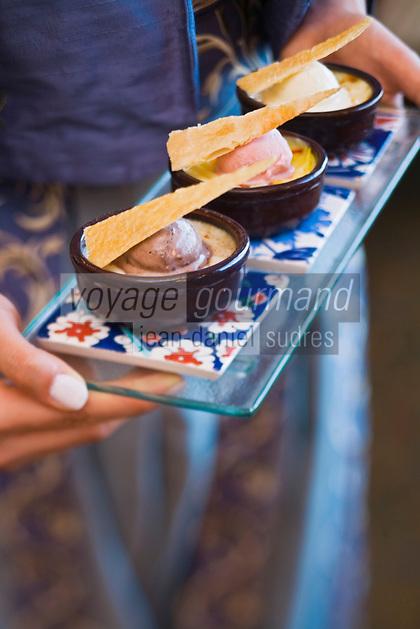 Europe/Turquie/Istanbul : Trio de riz au lait avec créme glacée , recette de  Marcel Nosari      du restaurant  Centemani de l 'Hôtel Ritz Carlton
