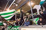 Stockholm 2015-01-30 Bandy Elitserien Hammarby IF - Sandvikens AIK :  <br /> Hammarbys supportrar med en flagga under matchen mellan Hammarby IF och Sandvikens AIK <br /> (Foto: Kenta J&ouml;nsson) Nyckelord:  Elitserien Bandy Zinkensdamms IP Zinkensdamm Zinken Hammarby Bajen HIF Sandviken SAIK supporter fans publik supporters