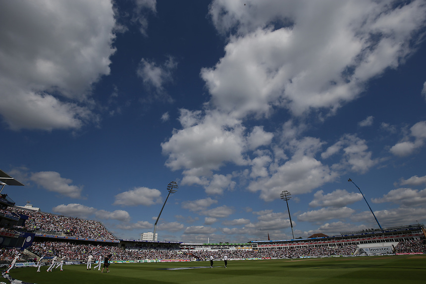 England take to the pitch on the third day of the test<br /> <br /> Photographer Stephen White/CameraSport<br /> <br /> International Cricket - Investec Ashes Test Series 2015 - Third Test - England v Australia - Day 3 - Friday 31st July 2015 - Edgbaston - Birmingham <br /> <br /> &copy; CameraSport - 43 Linden Ave. Countesthorpe. Leicester. England. LE8 5PG - Tel: +44 (0) 116 277 4147 - admin@camerasport.com - www.camerasport.com