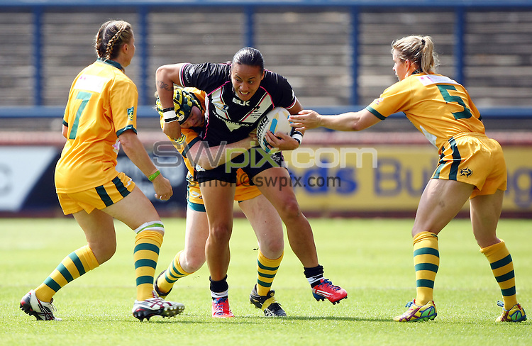 PICTURE BY VAUGHN RIDLEY/SWPIX.COM - Rugby League - Festival of World Cups, Women's Final - Australia Women v New Zealand Women - Headingley, Leeds, England - 14/07/13 - New Zealand's Honey Hireme.