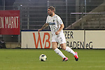 Marlon Frey (Nr.5, SV Sandhausen) am Ball  beim Spiel in der 2. Bundesliga, SV Sandhausen - 1. FC Heidenheim 1846.<br /> <br /> Foto © PIX-Sportfotos *** Foto ist honorarpflichtig! *** Auf Anfrage in hoeherer Qualitaet/Aufloesung. Belegexemplar erbeten. Veroeffentlichung ausschliesslich fuer journalistisch-publizistische Zwecke. For editorial use only. For editorial use only. DFL regulations prohibit any use of photographs as image sequences and/or quasi-video.