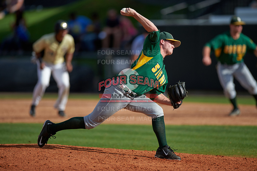 Siena Saints relief pitcher Ryan Bellomo (17) delivers a pitch during a game against the UCF Knights on February 21, 2016 at Jay Bergman Field in Orlando, Florida.  UCF defeated Siena 11-2.  (Mike Janes/Four Seam Images)