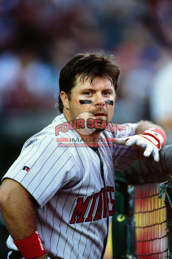 Ron Coomer of the Minnesota Twins during a game against the Anaheim Angels at Angel Stadium circa 1999 in Anaheim, California. (Larry Goren/Four Seam Images)