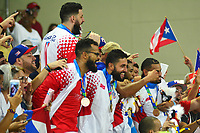 BARRANQUILLA - COLOMBIA, 03-08-2018: Jugadores de Puerto Rico celebran la medalla de oro después del encuentro entre Puerto Rico y Colombia categoría Baloncesto masculino por la medalla de oro y plata como parte de los Juegos Centroamericanos y del Caribe Barranquilla 2018. /  Players of Puerto Rico celebrates the gold medal after the match between Puerto Rico and Colombia of men's basketball category for the gold and silver medal as part of the Central American and Caribbean Sports Games Barranquilla 2018. Photo: VizzorImage /  Alfonso Cervantes / Cont