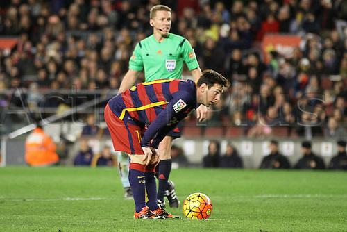 14.02.2016. Nou Camp, Barcelona, Spain. La Liga. Barcelona versus Celta de Vigo. Messi lines up the penalty kick