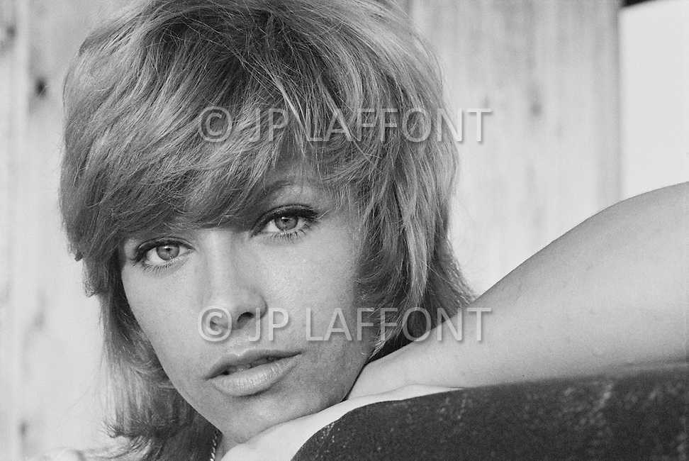 March 1971, Bahamas. French actress Nathalie Delon on holiday in the Bahamas at the Great Harbour Cay. Image by © JP Laffont