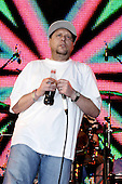 Aug 05, 2007: HAPPY MONDAYS - Electric Gardens Festival - Faversham Kent UK