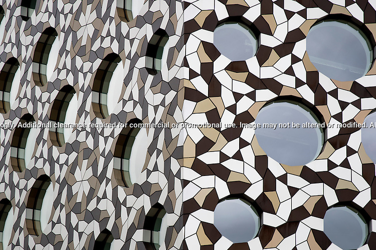Detail of the Ravensbourne College building, North Greenwich...(c) Malcolm McCurrach   New Wave Images UK