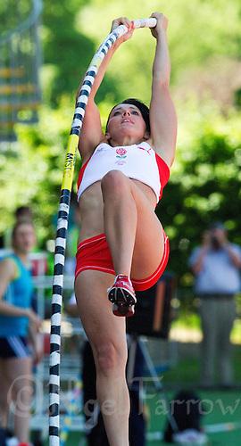 23 MAY 2010 - LOUGHBOROUGH, GBR - Rachel Gibbens (England) - Womens Pole Vault - Loughborough International Athletics .(PHOTO (C) NIGEL FARROW)