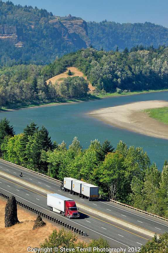 Trucks on I-84 in Columbia River Gorge Oregon