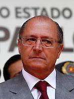 SAO PAULO, SP, 09 DE MARCO DE 2012 - SOLENIDADE DIA DO BOMBEIRO - O governador do Estado de Sao Paulo Geraldo Alckmin, durante Solenidade comemorativa ao Dia do Bombeiro Brasileiro, na Praca da Se na regiao central da capital paulista, nesta sexta-feira, 09. (FOTO: VANESSA CARVALHO / BRAZIL PHOTO PRESS).