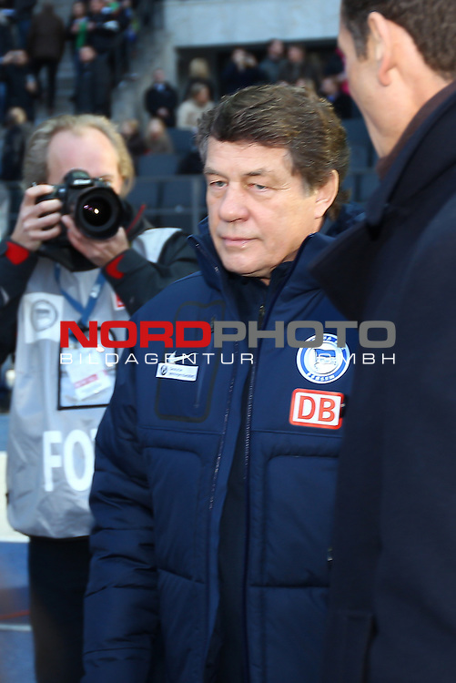 03.03.2012, Olympia Stadion, Berlin, Hertha BSC Berlin vs Werder Bremen, im Bild Otto Rehagel (coach Hertha BSC Berlin)<br /> <br /> // during the Match Hertha BSC Berlin vs Werder Bremen, Olympia Stadion, Berlin, Germany, on 2012/03/03,<br /> Foto &copy; nph / Sielski
