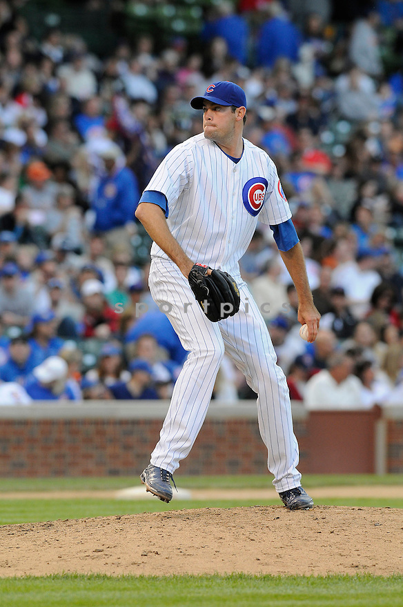 SEAN MARSHALL, of the Chicago Cubs  , in action during the Cubs game against the New York Mets  on August 29, 2009 in Chicago, IL. The Cubs beat the Mets 11-4 ...