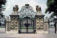 Vienna: Belvedere Palace--gate of uppper Belvedere. Photo '87.