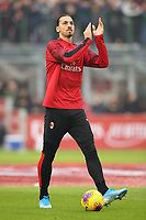 Zlatan Ibrahimovic of AC Milan applauds the fans during the Serie A match at Giuseppe Meazza, Milan. Picture date: 6th January 2020. Picture credit should read: Jonathan Moscrop/Sportimage PUBLICATIONxNOTxINxUK SPI-0419-0003<br /> Photo Imago/Insidefoto