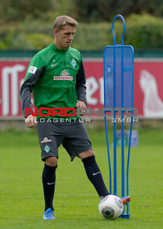 20.09.2013, Trainingsgelaende, Bremen, GER, 1.FBL, Training Werder Bremen, im Bild Nils Petersen (Bremen #24)<br /> <br /> Foto &copy; nph / Frisch