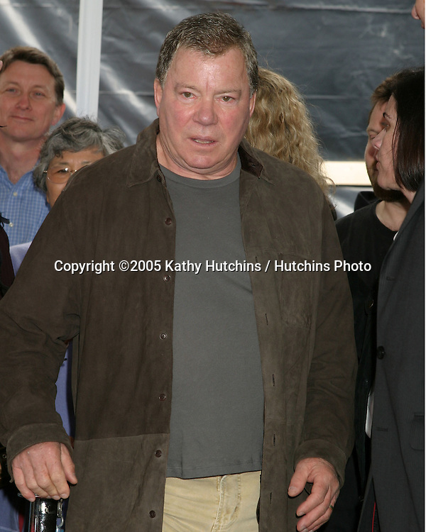 William Shatner.Sandra Bullock receives a Star on the Hollywood Walk of    Fame.Hollywood & Highland.Los Angeles, CA.March 24, 2005.©2005 Kathy Hutchins / Hutchins Photo...