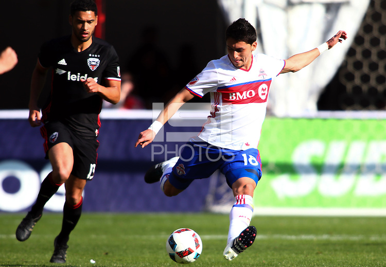 Washington, D.C. - Saturday, April 16, 2016: Toronto FC defeated DC United 1-0 in a MLS match at RFK Stadium.