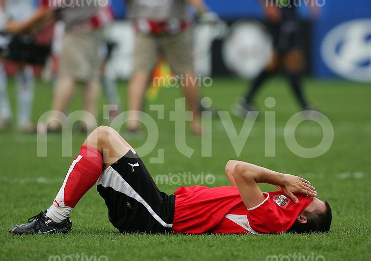Fussball International U 20 WM  Halbfinale Oesterreich - Tschechien Markus SUTTNER (AUT) enttaeuscht nach Spielende.