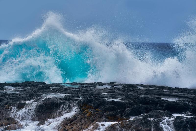 Large waves. Hawaii Island