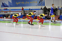 SCHAATSEN: SALT LAKE CITY: Utah Olympic Oval, 12-11-2013, Essent ISU World Cup, training, Wannes van Praet (BEL), Ferre Spruyt (BEL), Maarten Swings (BEL), ©foto Martin de Jong