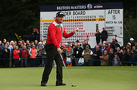 Darren Fichardt (RSA) putting for par on the 16th during the Final Round of the British Masters 2015 supported by SkySports played on the Marquess Course at Woburn Golf Club, Little Brickhill, Milton Keynes, England.  11/10/2015. Picture: Golffile | David Lloyd<br /> <br /> All photos usage must carry mandatory copyright credit (© Golffile | David Lloyd)
