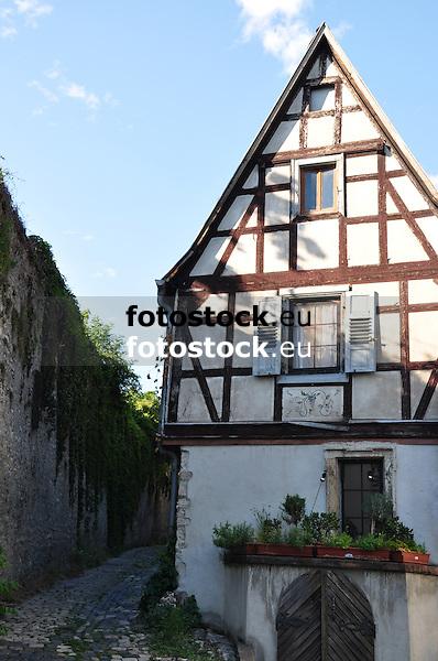barockes Fachwerkhaus (1715), Zwerchhaus (19. Jh.) in Oppenheim