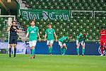Entaeuschung bei Werder nach dem Spiel<br /> Niklas Moisander (Werder Bremen #18 Kapitaen)<br /> Marco Friedl (Werder Bremen #32)<br /> <br /> Joshua Sargent (Werder Bremen #19)<br /> Leon Bailey (Leverkusen #9), <br /> Kerem Demirbay (Leverkusen #10), <br /> <br /> Sport: Fussball: 1. Bundesliga: Saison 19/20: <br /> 26. Spieltag: SV Werder Bremen vs Bayer 04 Leverkusen, 18.05.2020<br /> <br /> Foto ©  gumzmedia / Nordphoto / Andreas Gumz / POOL <br /> <br /> Nur für journalistische Zwecke! Only for editorial use!<br />  DFL regulations prohibit any use of photographs as image sequences and/or quasi-video.