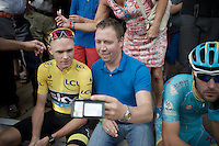 &quot;please look into my phone&quot;: Chris Froome (GBR/SKY) going through the endless selfie-duties bonanza as a trooper being ever so polite to all fans <br /> <br /> Post-Tour Criterium Mechelen 2015