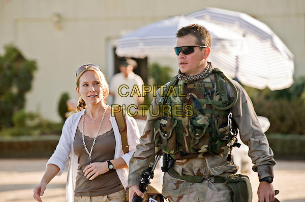 AMY RYAN & MATT DAMON.in Green Zone.*Filmstill - Editorial Use Only*.CAP/FB.Supplied by Capital Pictures.