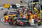 Monster Energy NASCAR Cup Series<br /> TicketGuardian 500<br /> ISM Raceway, Phoenix, AZ USA<br /> Sunday 11 March 2018<br /> Martin Truex Jr., Furniture Row Racing, Toyota Camry 5-hour ENERGY/Bass Pro Shops pit stop<br /> World Copyright: Matthew T. Thacker<br /> NKP / LAT Images