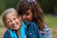 20140805 Vilda-l&auml;ger p&aring; Kragen&auml;s. Foto f&ouml;r Scoutshop.se<br /> scout, scouter, dag, ler, skrattar, gr&auml;s, skog