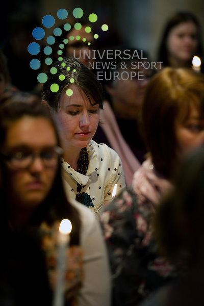 Candles are lit at the Scottish Memorial Service for those whose lives have been lost to eating disorders at St Giles Cathedral, Edinburgh, Scotland, 21st April, 2012.Picture:Scott Taylor Universal News And Sport (Europe) .All pictures must be credited to www.universalnewsandsport.com. (Office)0844 884 51 22.