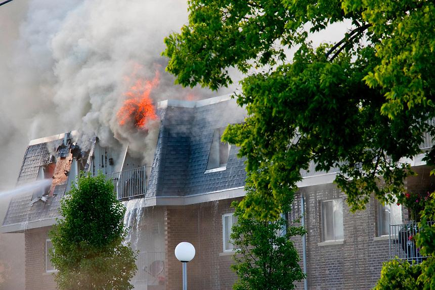Condominium Complex Fire Prospect Heights Illinois  7-18-18