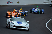 Verizon IndyCar Series<br /> Indianapolis 500 Race<br /> Indianapolis Motor Speedway, Indianapolis, IN USA<br /> Sunday 28 May 2017<br /> The Chrolet Corvette Pace Car leads the field during a caution period.<br /> World Copyright: F. Peirce Williams<br /> LAT Images