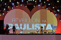 ATENÇÃO EDITOR FOTO EMBARGADA PARA VEÍCULOS INTERNACIONAIS - SAO PAULO, SP, 31 DE DEZEMBRO DE 2012 - REVEILLON NA PAULISTA - Show de Tiê durante 16ª edição do Reveillon da Paulista na noite desta desta segunda feira (31), véspera de ano novo em São Paulo. FOTO: LEVI BIANCO - BRAZIL PHOTO PRESS