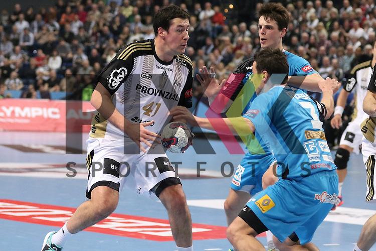Kiel, 15.02.15, Sport, Handball, Champions League, Gruppenphase, THW Kiel - HC Metalurg Skopje : Goce Ojleski (HC Metalurg Skopje, #3), Marko Vujin (THW Kiel, #41)<br /> <br /> Foto &copy; P-I-X.org *** Foto ist honorarpflichtig! *** Auf Anfrage in hoeherer Qualitaet/Aufloesung. Belegexemplar erbeten. Veroeffentlichung ausschliesslich fuer journalistisch-publizistische Zwecke. For editorial use only.